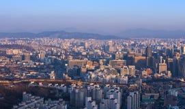Seoul stad och i stadens centrum horisont Royaltyfria Foton