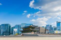 Seoul stad på Gyeongbokgung, Seoul Korea Arkivbild