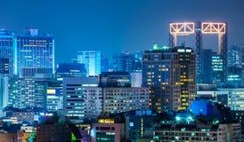 Seoul stad på natten arkivfoto