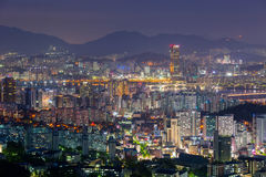 Seoul stadshorisont och Han River Royaltyfria Foton
