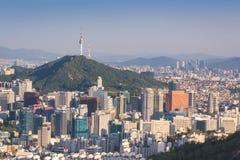 Seoul-Stadt-Skyline, die beste Ansicht von Südkorea stockfotografie