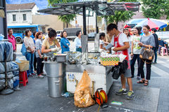 SEOUL SYDKOREA - SEPTEMBER 20: Namdaemun marknad i Seoul Fotografering för Bildbyråer