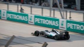 SEPANG - 30 MAART: Lewis Hamilton Driving Leader Stock Fotografie