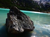 Separazione in laguna verde smeraldo Immagini Stock Libere da Diritti