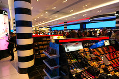 Sephora Perfume en schoonheidsmiddelenwinkel - Parijs Stock Afbeeldingen