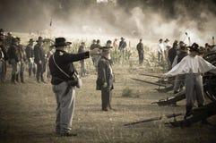 Sepia burgeroorlogmilitairen in slagveld Royalty-vrije Stock Afbeelding