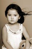 Sepia del retrato de la niña imagenes de archivo