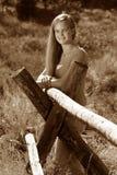 Sepia rural adolescente femenina Imagenes de archivo