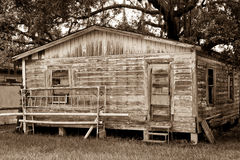 Sepia tonte altes Haus mit eingestiegen herauf Tür Lizenzfreies Stockbild