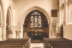 Sepiasignal för St Andrews Church Nave B HDR Royaltyfri Fotografi