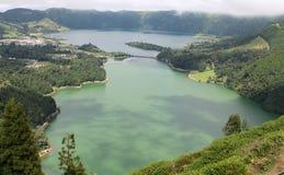 Sept lagunes des villes des Açores - paysage volcanique d'île de Miguel de sao Image libre de droits