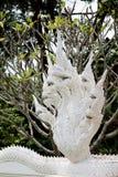 Sept ont dirigé le roi de la statue de naga dans le temple Image libre de droits