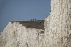 Sept soeurs, East Sussex, Angleterre, R-U ; cieux bleus lumineux et falaises blanches photo stock