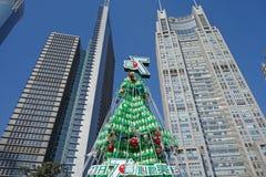 Sept vers le haut de l'arbre de Noël à Changhaï Image libre de droits
