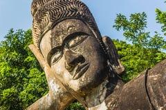 26. September 2014: Buddhistische Steinstatue in Buddha-Park, Laos Stockbilder