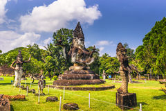 26. September 2014: Buddhistische Steinstatuen in Buddha parken, Laos Lizenzfreie Stockfotos