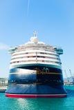 8 SEPTEMBER, 2014: Cruisevoering Magisch Disney gedokt bij Haven van Malaga, Spanje royalty-vrije stock afbeeldingen