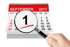 1 September dagbegrepp 1 September 2017 kalender med Magnifie Royaltyfria Foton