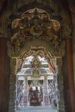 September 14, 2014 Den riktiga templet är en unik tempelcompletel Arkivfoton
