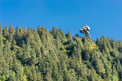 14. September 2018 - Juneau, Alaska: Skybridge an der Spitze des Bergs Roberts Tram lizenzfreies stockbild