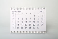 september Kalender av året tvåtusen sjutton Arkivbild