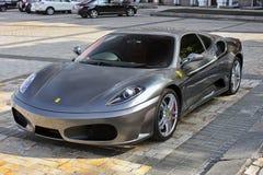 4. September 2012 Kiew Ferrari F430 luxus lizenzfreie stockbilder
