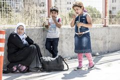 Syrian refugees entering Turkey Royalty Free Stock Images