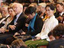 September 17 2013 - konferens för FORUM 2000 i PRAGUE Oppositionsledare Aung San Suu Kyi Arkivbild