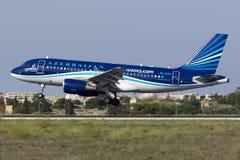 4 September 2015, Luqa, Malta: Landning A319 Arkivfoto