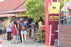27 September 2016, Malacca, Maleisië De Schok van de Klebangkokosnoot was de heetste drank tegenwoordig in melaka en deze opslag  Royalty-vrije Stock Afbeelding