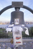 September 11, 2001 minnesmärke på taket som ser över Weehawken som är ny - ärmlös tröja, New York City, NY Arkivfoto