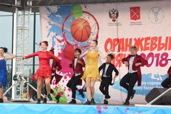 September 9, 2018, Russia, St. Petersburg, Youth dance group performance. September 9, 2018, Russia, St. Petersburg, public open performance of the youth dance Stock Photos