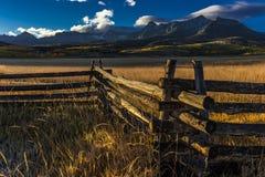 28. September 2016 - San Juan Mountains In Autumn, nahe Ridgway Colorado - weg von Hastings MESA, Schotterweg zum Tellurid, CO16  Lizenzfreies Stockbild
