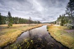 September-Sneeuw op de Yellowstone-Rivier Stock Fotografie