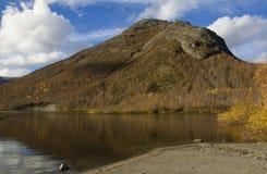 September-Tag in den Bergen Stockfotografie