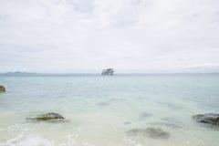 17. September 2014 - touristisches Schiff holte Touristen zum uninha Stockbild
