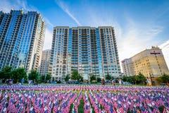 11 septembre drapeaux commémoratifs au parc de Romare Bearden, dans de la ville haute Image libre de droits