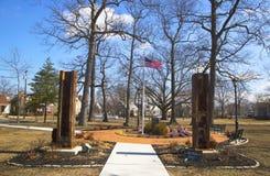 11 septembre mémorial avec des colonnes de site de World Trade Center dans Rockway est Photo stock