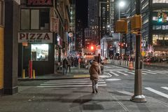 29 septembre 2017 - NOUVEL YORK/Etats-Unis - les gens marchant sur les rues de M photos libres de droits