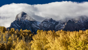 28 septembre 2016 - San Juan Mountains In Autumn, près de Ridgway le Colorado - outre du MESA de Hastings, chemin de terre au tel Image libre de droits