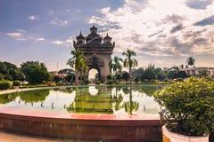 26 septembre 2014 : Voûte commémorative de Patuxai à Vientiane, Laos Photographie stock libre de droits