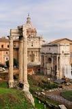 弧septimius vespasian severus的寺庙 库存图片