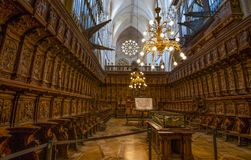 Sepulcro del ` s de Cid Campeador en la catedral de Burgos de la Virgen María, España La catedral de Burgos es insertada entre lo foto de archivo libre de regalías
