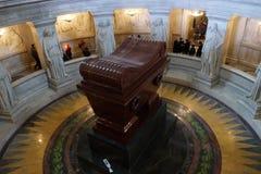 Sepultura do Napoleon, catedral de DES Invalides de St Louis, Paris fotos de stock