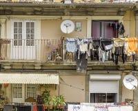 Sequedad del lavadero en balcones fotografía de archivo libre de regalías