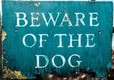 Ser cuidadoso o sinal do cão Imagem de Stock Royalty Free