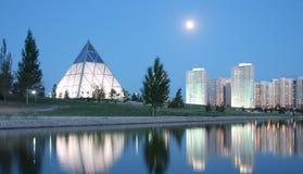 Sera a Astana il Kazakistan immagine stock