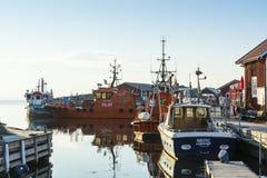 Sera attraccata di estate delle barche pilota Fotografia Stock Libera da Diritti