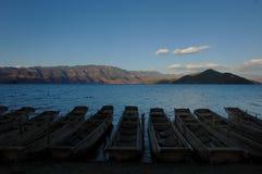 Sera del lago silenzioso Lugu Fotografia Stock