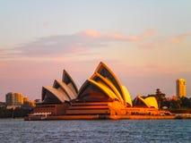 Sera del Teatro dell'Opera di Sydney Immagini Stock Libere da Diritti